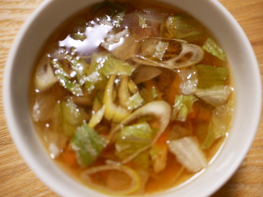 レタスサラダスープ