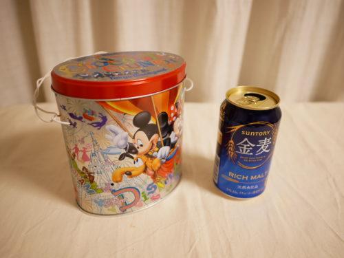 空き缶とロウソク缶